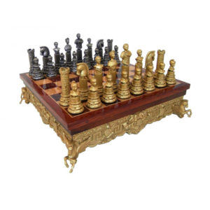 ROMAN EMPIRE METAL CHESS & WOODEN CHESSBOARD